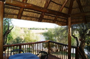 Campsite Lodges Balcony overlooking the Orange River   Kheis Riverside Lodge   Groblershoop Accommodation
