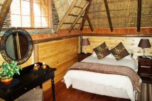 Campsite Lodges Bedroom   Kheis Riverside Lodge   Groblershoop Accommodation